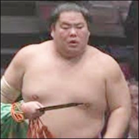 大相撲大栄翔